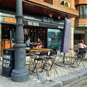 Foto de portada Bee Beer DEBOD
