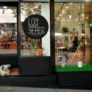 Foto de portada Los Pequeños Seres Librería