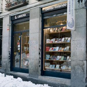 Foto de portada Librería Ciento volando